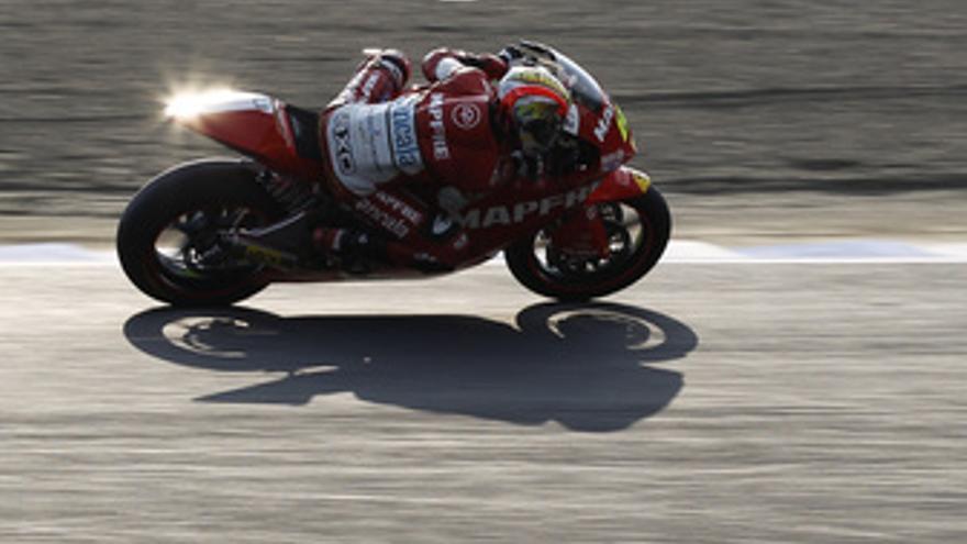Simón logra la pole en Moto2. (EUROPA PRESS)