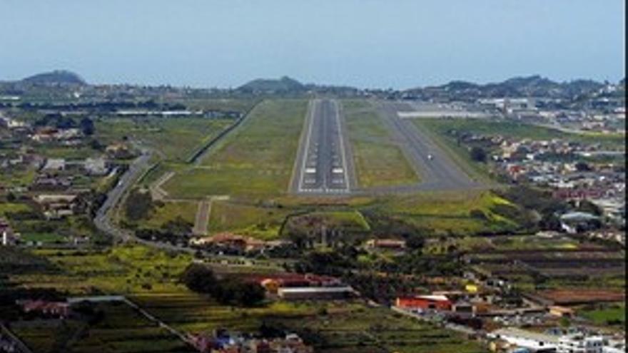 Pista del Aeropuerto de Tenerife Norte.