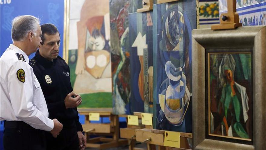 El heredero de Picasso certifica que son falsos los cinco cuadros incautados