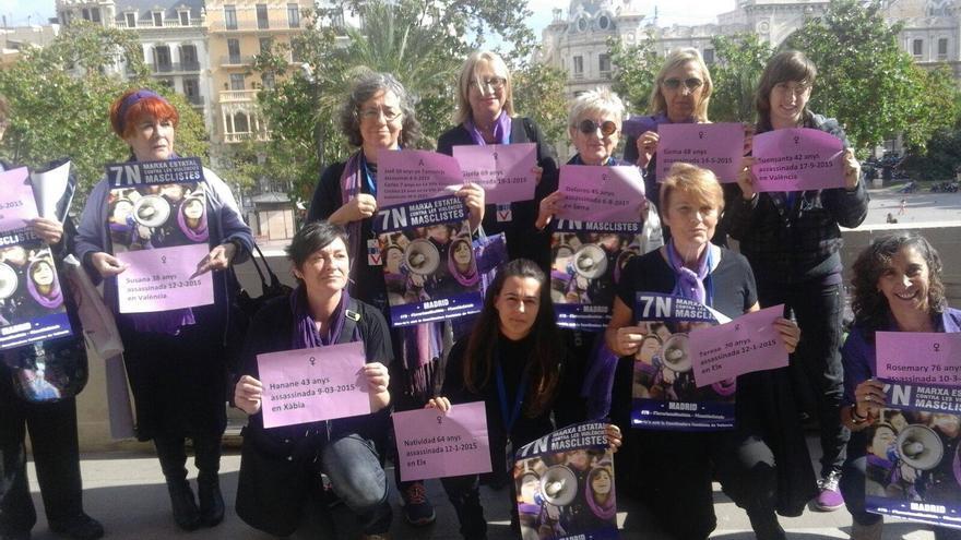 Feministas valencianas celebran la aprobación de la moción de apoyo al 7N en el Ayuntamiento de Valencia / Asamblea 7N