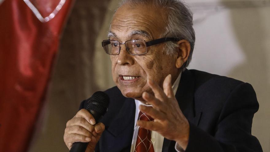 El ministro de Justicia de Perú pide que se incinere el cadáver del fundador de Sendero Luminoso