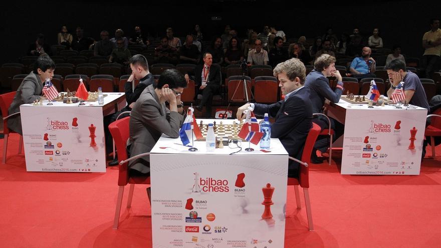 Magnus Carlsen se asegura su tercera 'txapela' de campeón de la Final de Maestros de Bilbao a falta de la jornada final