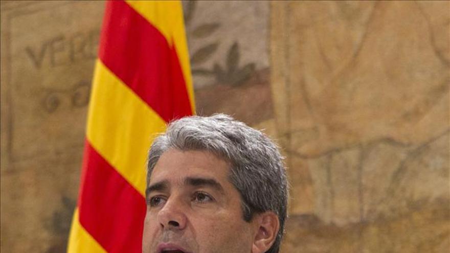 Homs afirma que consultar a los ciudadanos está previsto en la Constitución