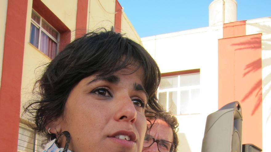 """Podemos recuerda a Susana Díaz que está en funciones """"igualito que cuando inauguraba cosas en campaña"""""""