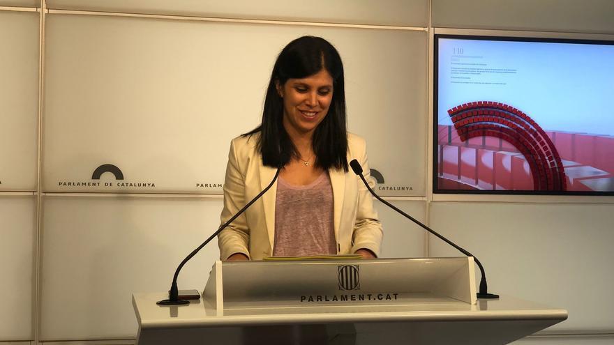 La secretaria general adjunta y portavoz de ERC, Marta Vilalta, en rueda de prensa en el Parlament