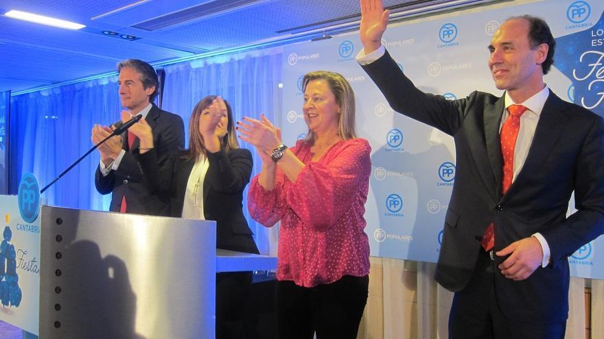 """PP cierra su campaña confiando en un """"magnífico resultado"""" y con críticas a Rivera e Iglesias"""