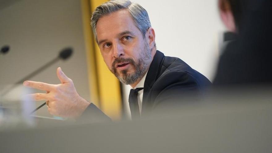 El consejero de Hacienda, Juan Bravo, este viernes durante su intervención en un acto organizado por la Cadena Ser.