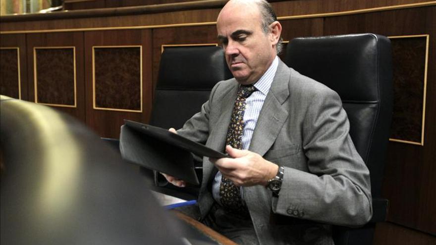 De Guindos afirma que Goirigolzarri tiene los principios que la banca nunca debió dejar