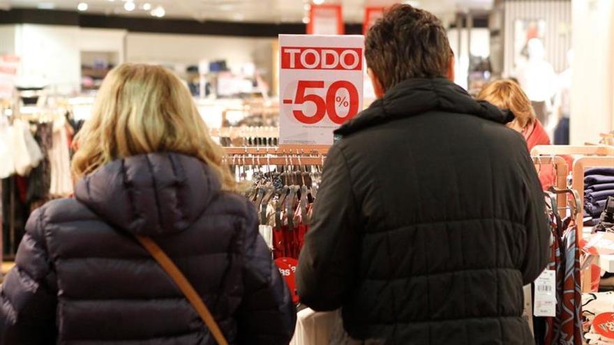 Las ventas de gran consumo caen el 1,6 % por un mayor gasto fuera del hogar