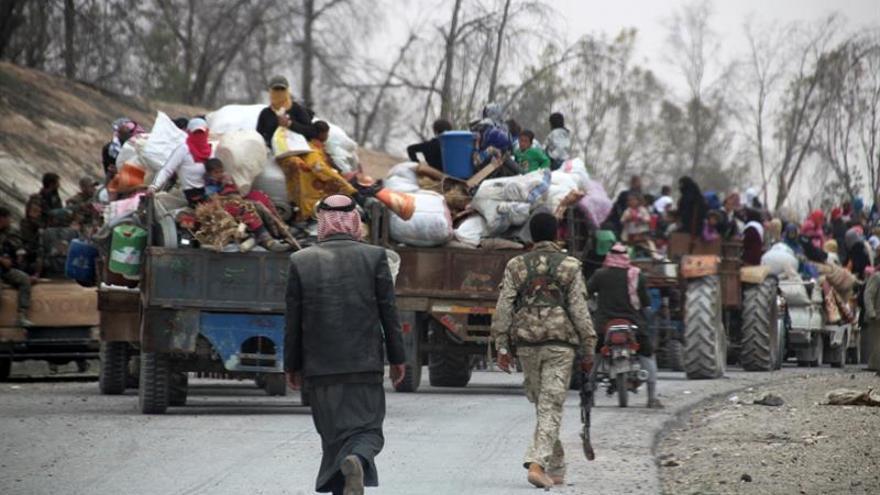 Intensos choques entre fuerzas gubernamentales sirias y el EI en Deir al Zur