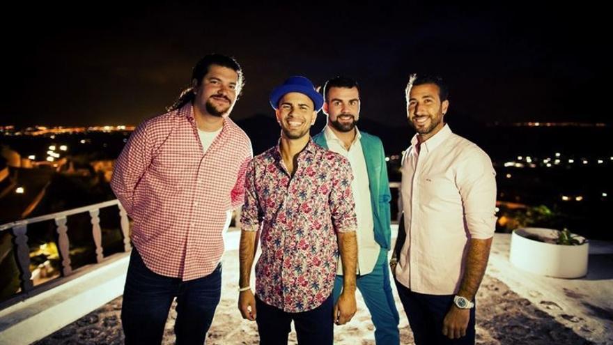 Componentes del grupo musical Efecto Pasillo