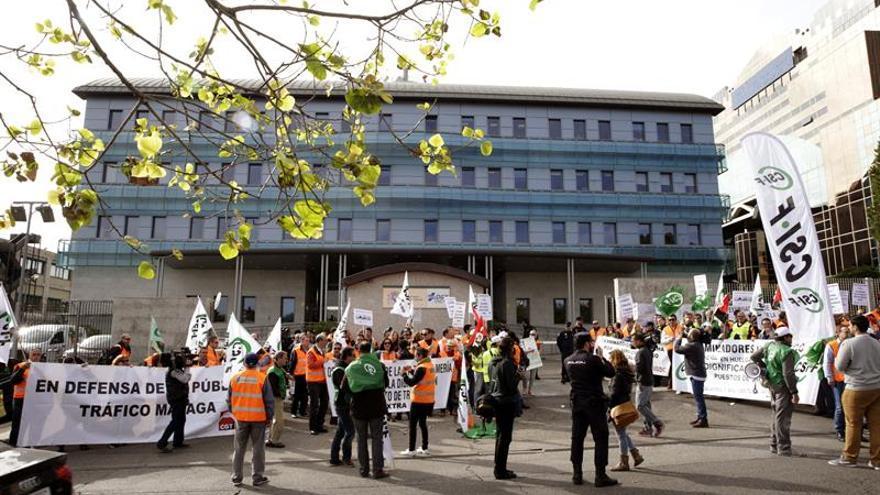 Los examinadores de Tráfico retoman la huelga con un 80 % de seguimiento