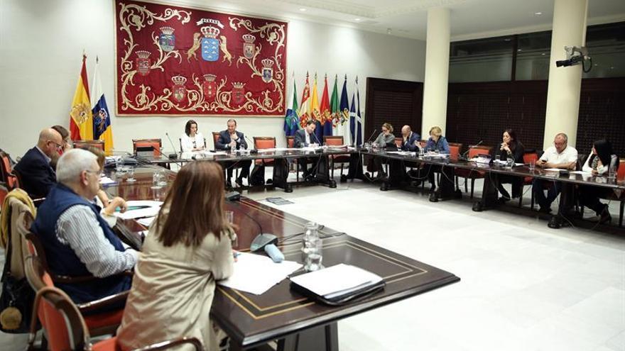 Los grupos parlamentarios satisfechos por conseguir la mejor ley social posible