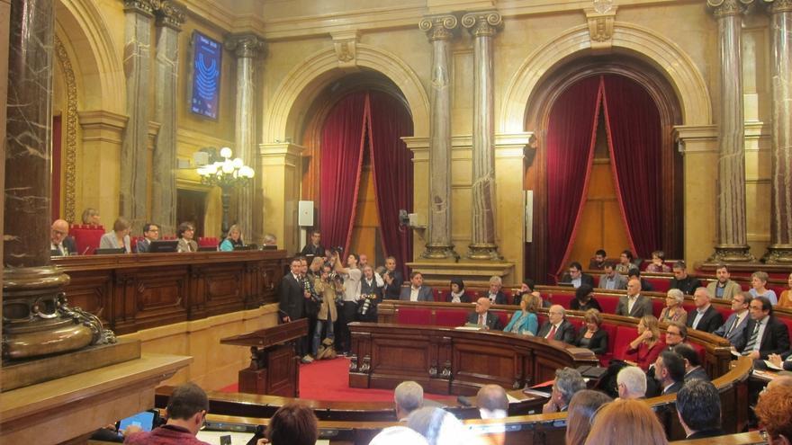 Un diputado de Podemos dice que SíQueEsPot amenaza con expulsarle si no vota contra el texto de JxSí-CUP