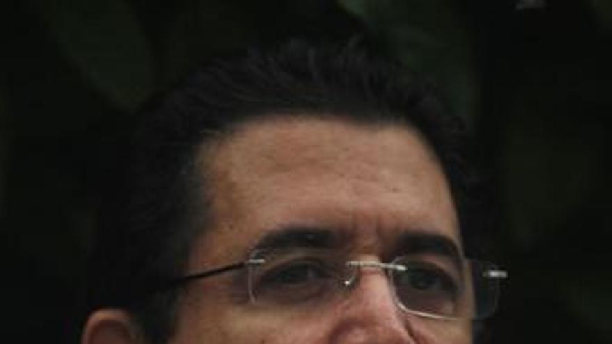 Zelaya insta a la comunidad internacional a no reconocer las elecciones
