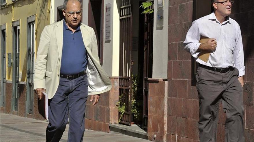 El PSOE rechaza que Curbelo sea candidato en La Gomera al estar imputado