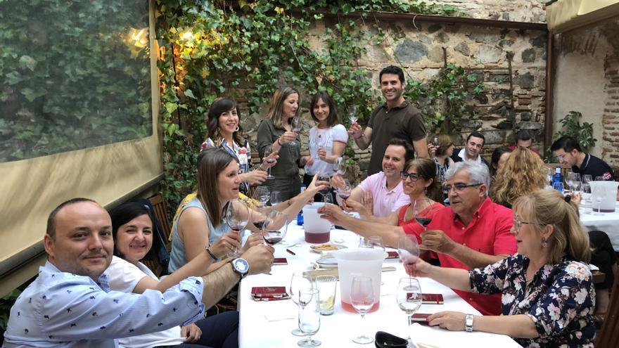 La Fundación Tierra de Viñedos piensa ya en un nuevo proyecto para difundir el vino entre los jóvenes en 2020