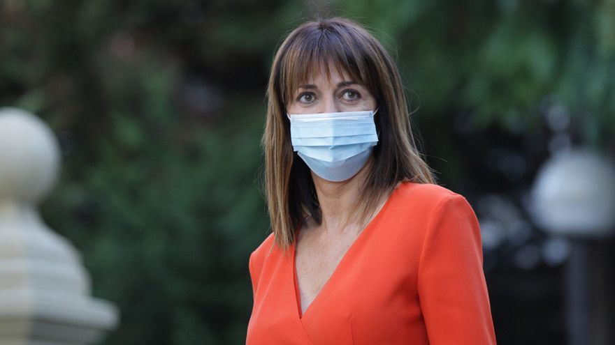 La vicelehendakari 2ª de Trabajo y Empleo, Idoia Mendia, se dirige al Palacio de Ajuria Enea para tomar posesión de su cargo en la XII Legislatura del Gobierno Vasco , en Vitoria-Gasteiz, Álava (Euskadi), a 8 de septiembre de 2020.