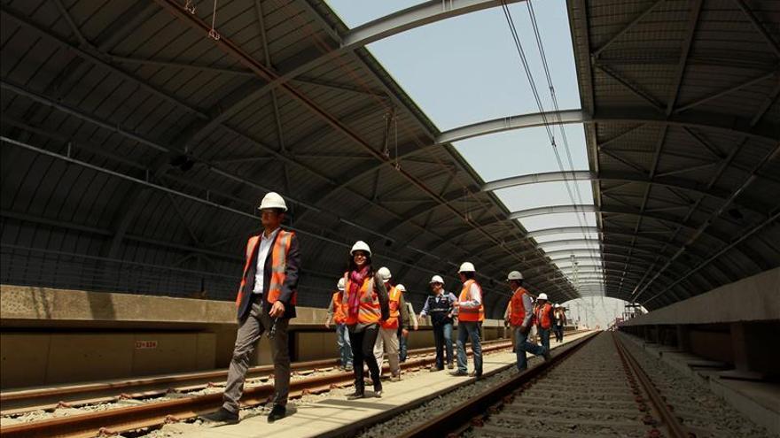 Comienzan las obras de la Línea 2 del Metro de Lima con cierre de autopista