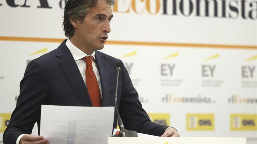 El Gobierno envía a las autonomías las principales líneas del borrador del bono social eléctrico