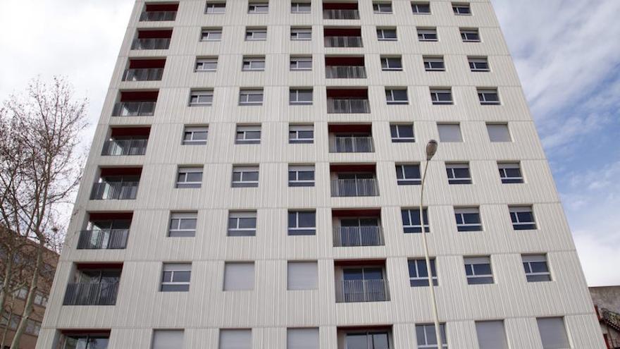 Barcelona forzar a las promotoras inmobiliarias a destinar un 30 de los pisos a uso social - Pisos de proteccion oficial barcelona requisitos ...