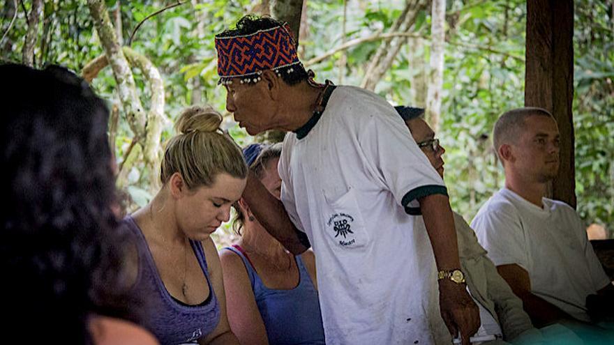 Las sesiones de ayahuasca tienen un fuerte componente espiritual