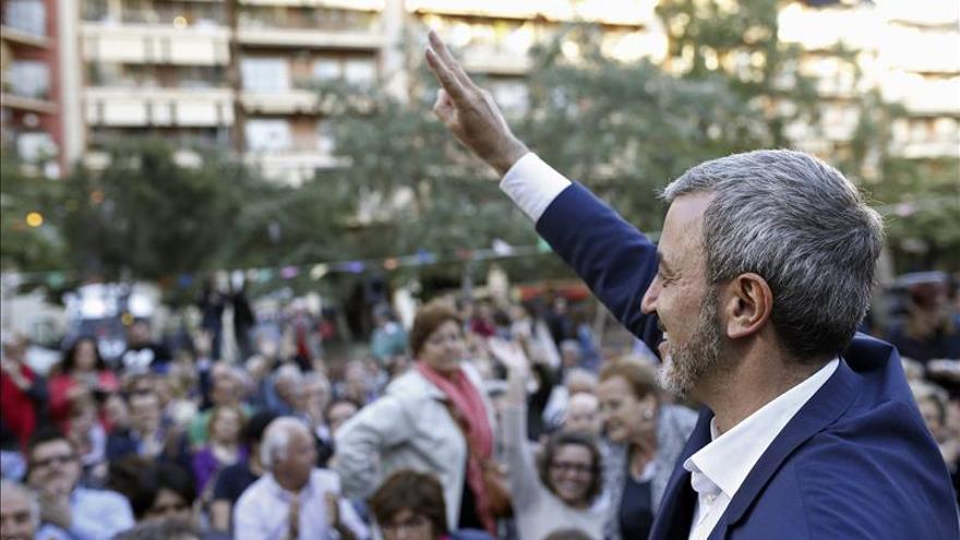 """Collboni, """"predispuesto al diálogo"""" con Colau para contribuir a la """"estabilidad"""""""