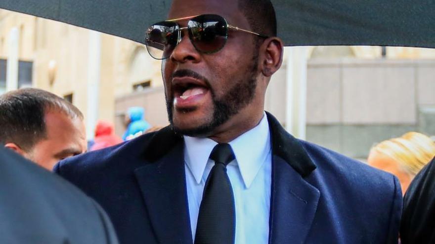 El cantante R  Kelly, detenido de nuevo tras ser acusado de