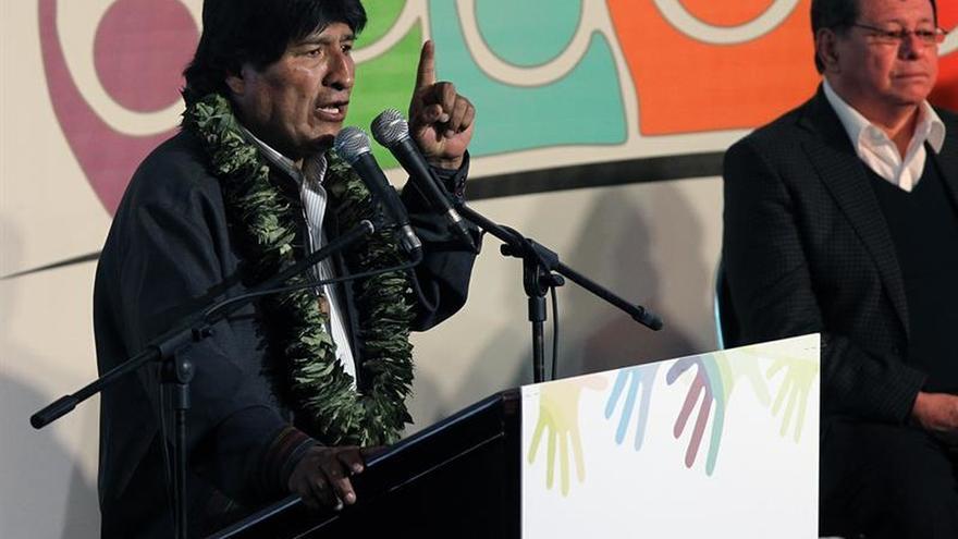 """Evo Morales afirma que Trump será """"vencido moral y políticamente"""" por Cuba"""