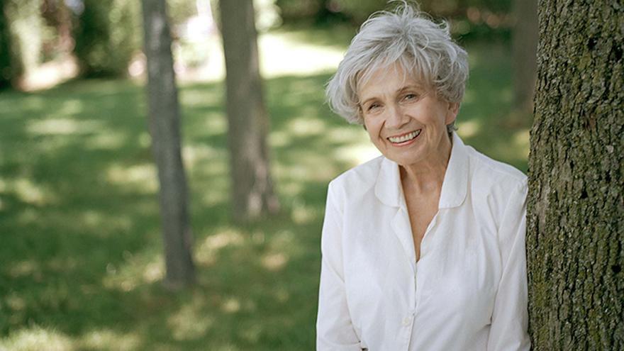 Alice Munro cumple 90 años