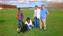 Mahesh, con su familia