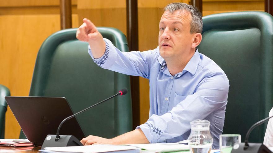 El concejal de Economía del Ayuntamiento de Zaragoza, Fernando Rivarés.