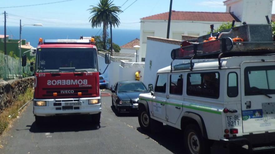 El conato se registró en la Cuesta de El Planto, en Santa Cruz de La Palma. Foto: BOMBEROS LA PALMA.