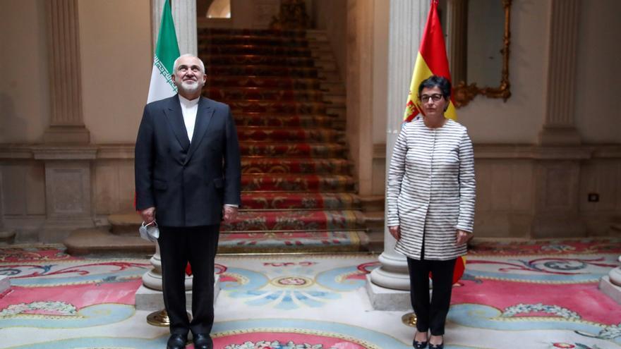 """España alienta a Irán a usar su influencia """"constructiva"""" en la región"""