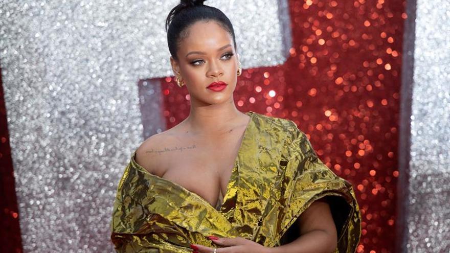 Rihanna zanja la pasarela neoyorquina con lencería para mujeres de todo tipo