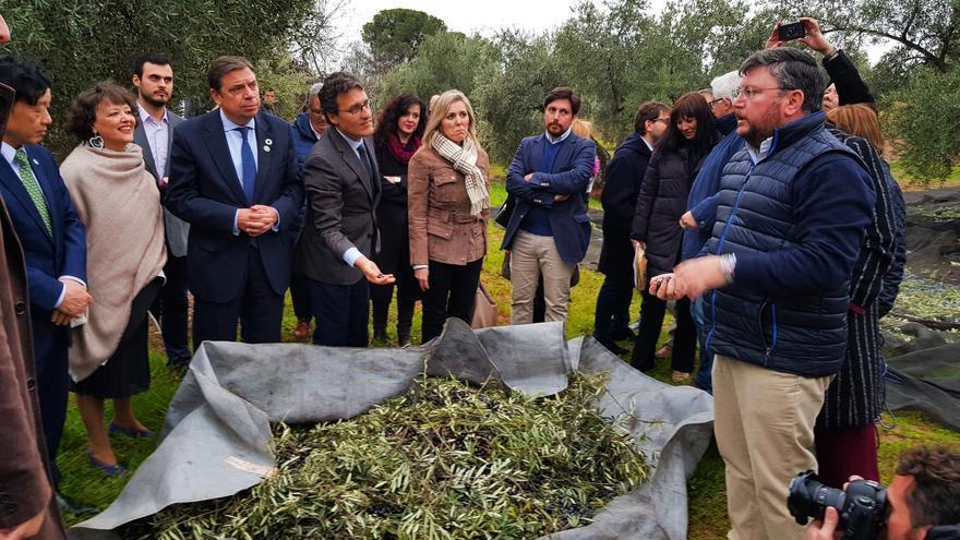 El ministro durante la visita a Córdoba