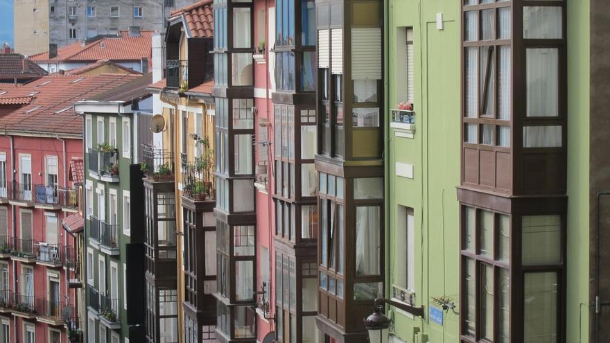 El precio de la vivienda usada cae un 3,8% en Cantabria en 2015