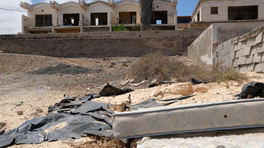 La zona residencial de Puerto del Rosario, Fuerteventura, que pretendía ser de lujo y ahora está en ruinas.