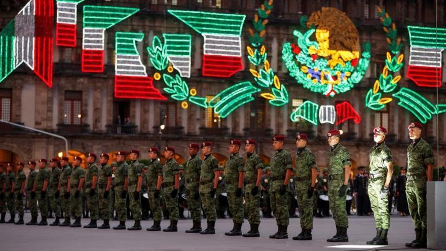 López Obrador conmemora sismos de 1985 y 2017 en la Ciudad de México