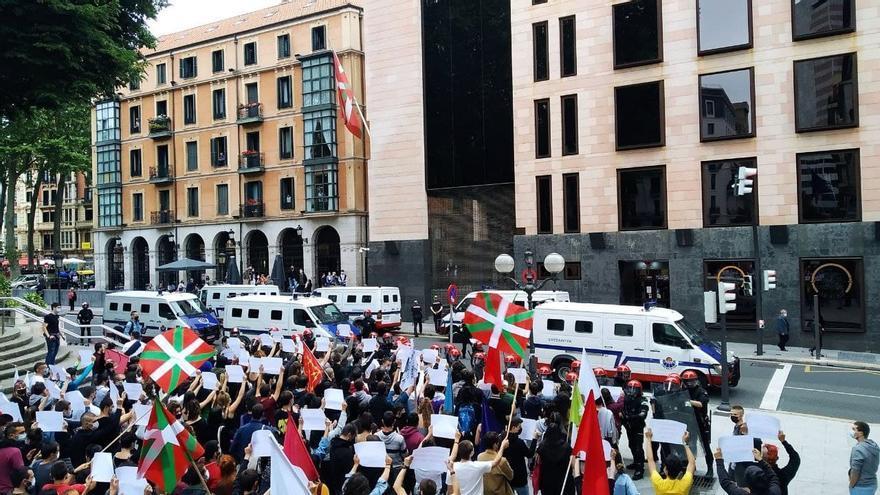 Manifestación de Ernai en Bilbao