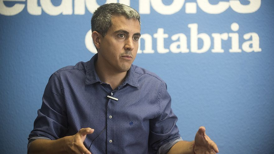 Pablo Zuloaga, alcalde de Santa Cruz de Bezana y candidato en las primarias del PSOE de Cantabria.   JOAQUÍN GÓMEZ SASTRE