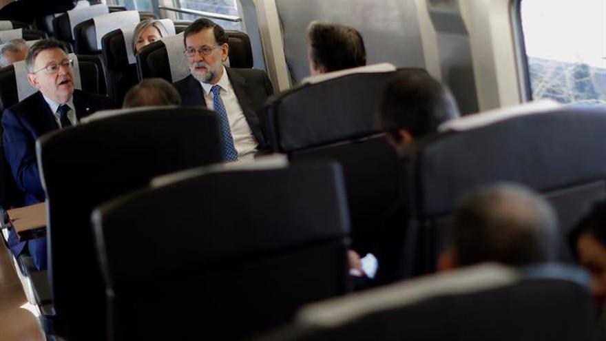 Rajoy garantiza a Puig que intentará un acuerdo de financiación y le pide que colabore