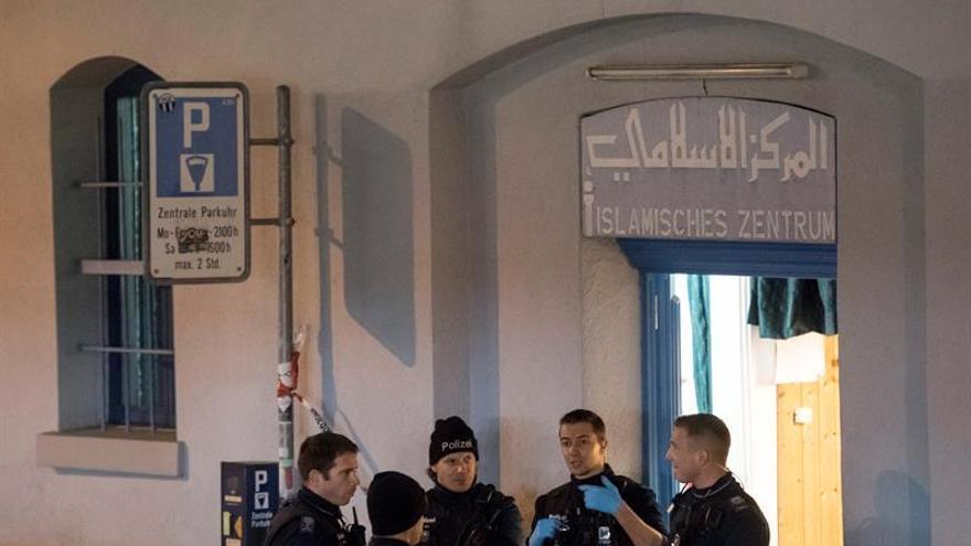 Tres heridos en un tiroteo cerca de un centro islámico en Zúrich