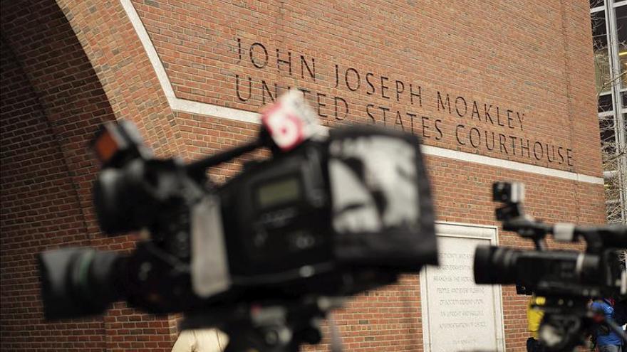 """La defensa de Tsarnaev dice que """"debe rendir cuentas"""" por el atentado de Boston"""