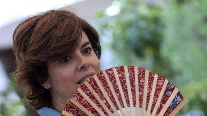 Sáenz de Santamaría pide explicaciones al Gobierno por paralización del ATC
