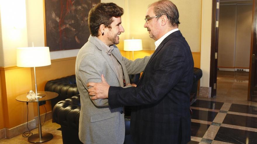 Nacho Escartín (izqda) y Javier Lambán (dcha) en una reunión en 2017