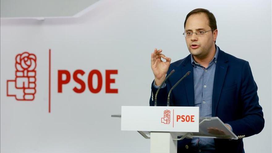 """El PSOE garantiza que Sánchez """"no va a ser presidente a cualquier precio"""""""