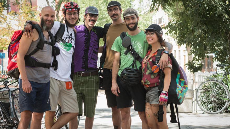 Los miembros de la cooperativa La Pájara Ciclomensajería.