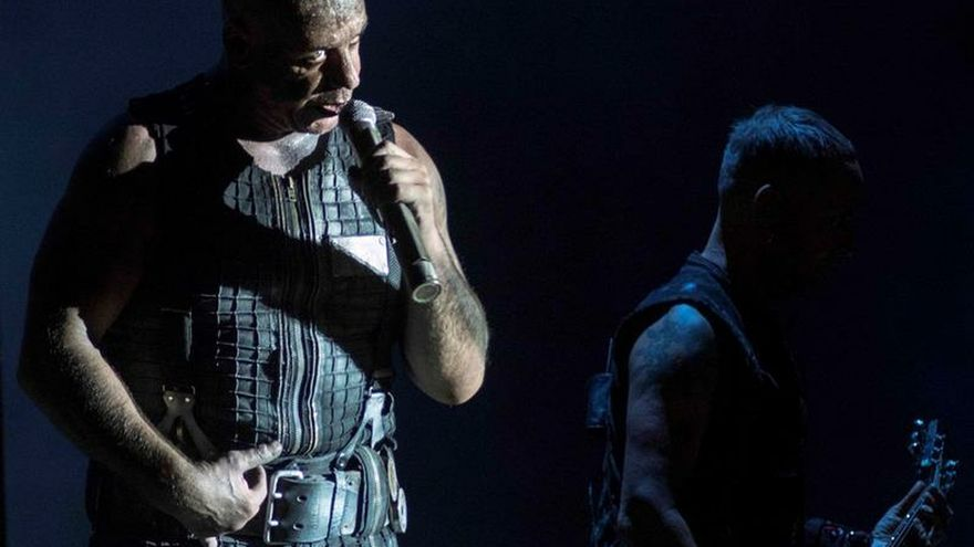Rammstein arrasa en el RCDE Stadium con un espectáculo incendiario