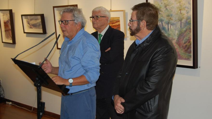 El autor, durante el acto de inauguración del pasado viernes día 29 de noviembre.